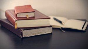 books-690219_1920